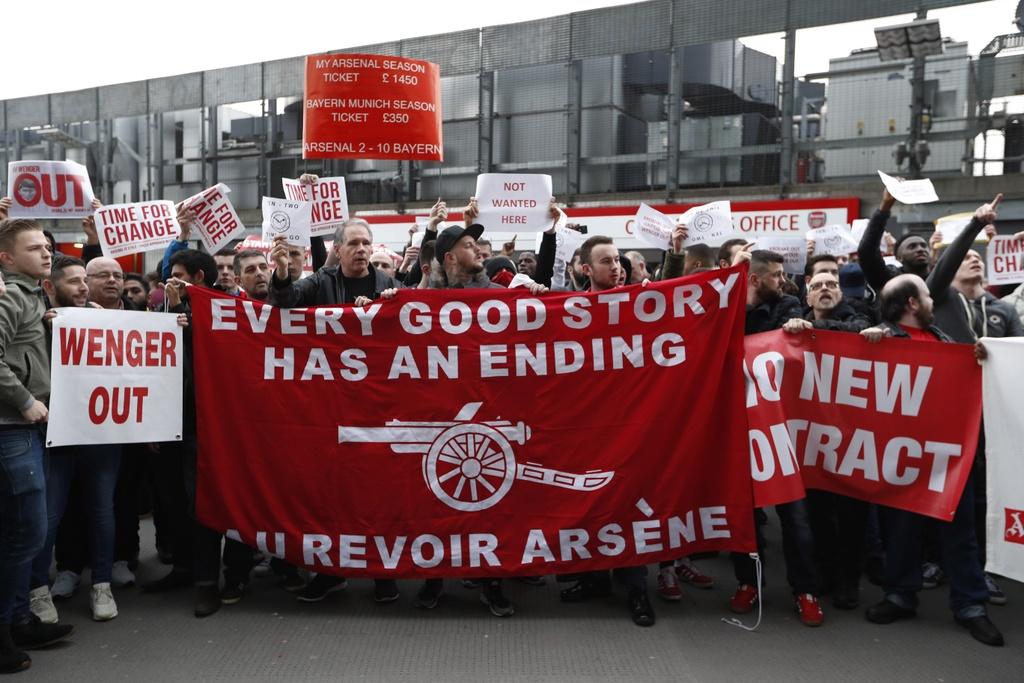 CDV Arsenal bieu tinh lan 2 doi sa thai  Wenger anh 6