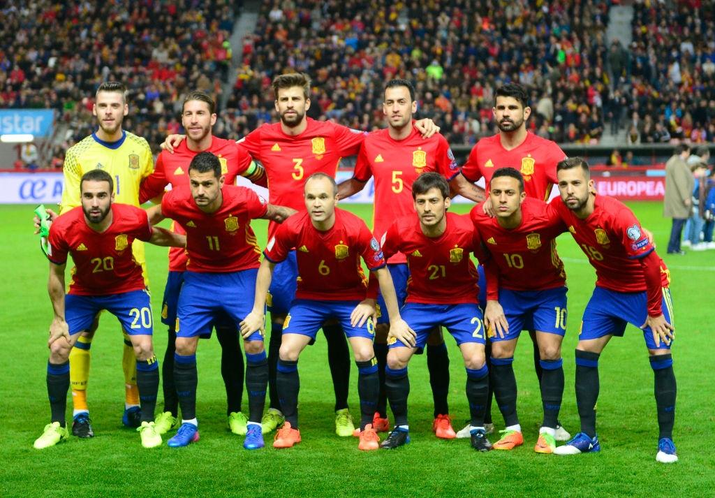 Silva, Costa toa sang giup Tay Ban Nha de bep Israel hinh anh 1