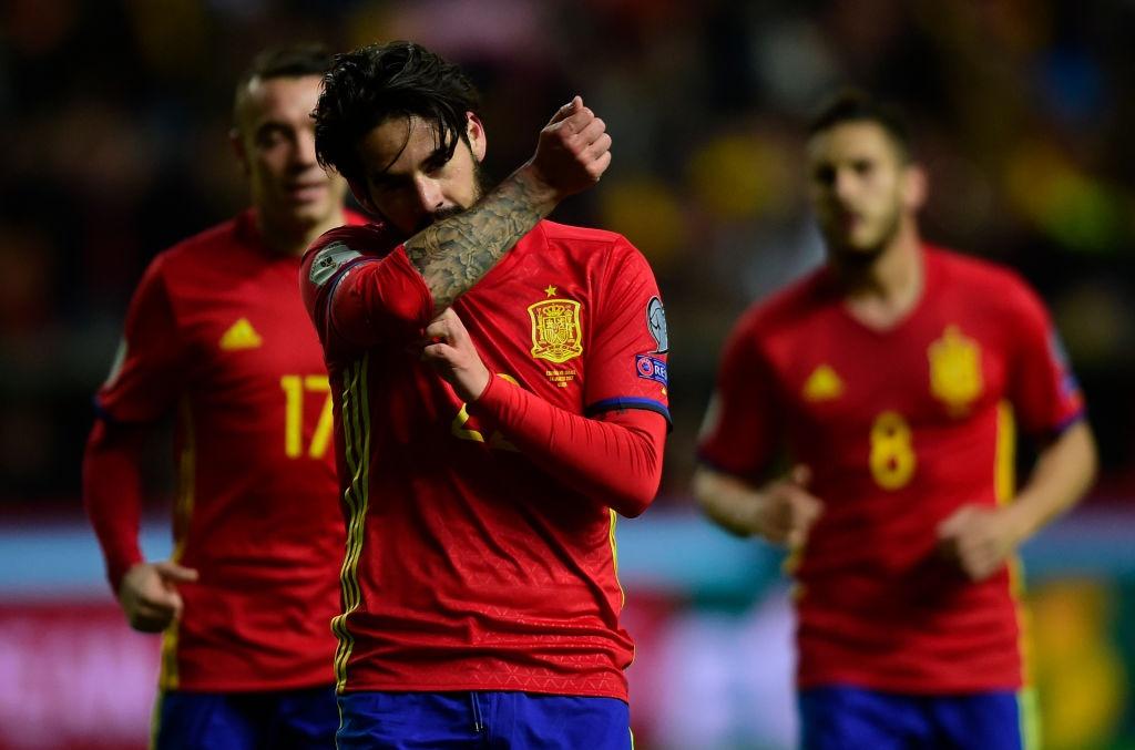 Silva, Costa toa sang giup Tay Ban Nha de bep Israel hinh anh 7