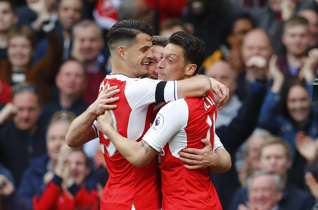 Hoa Man City, Arsenal bo lo co hoi vuot mat MU hinh anh 10