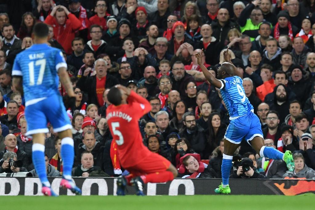Cau thu mac sai lam, Liverpool lai mat diem boi doi chieu duoi hinh anh 3
