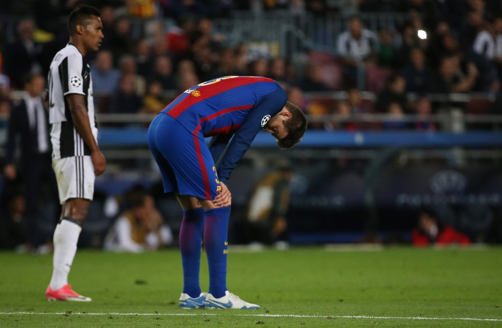 Neymar oa khoc, Messi cui dau nhin Juventus vao ban ket hinh anh 7