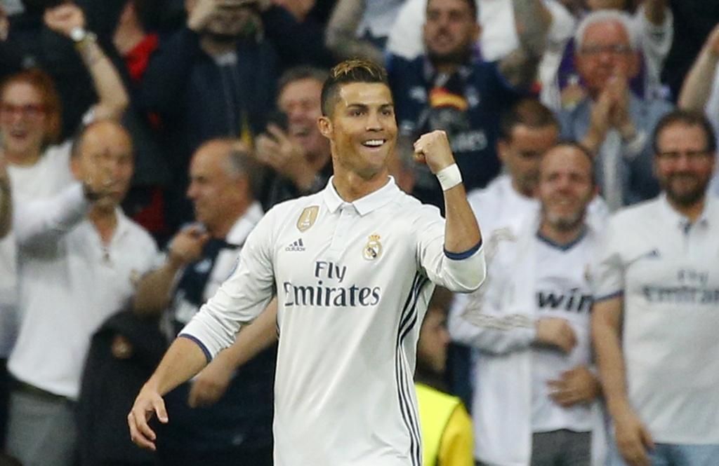 Ronaldo thiet lap hang loat ky luc moi anh 1