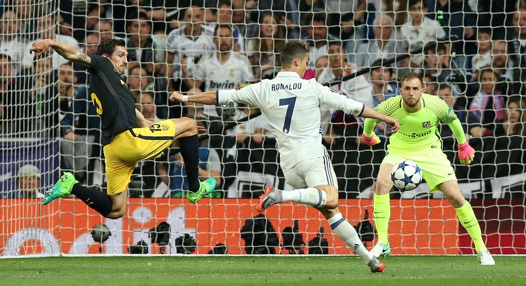 Ronaldo thiet lap hang loat ky luc moi anh 4