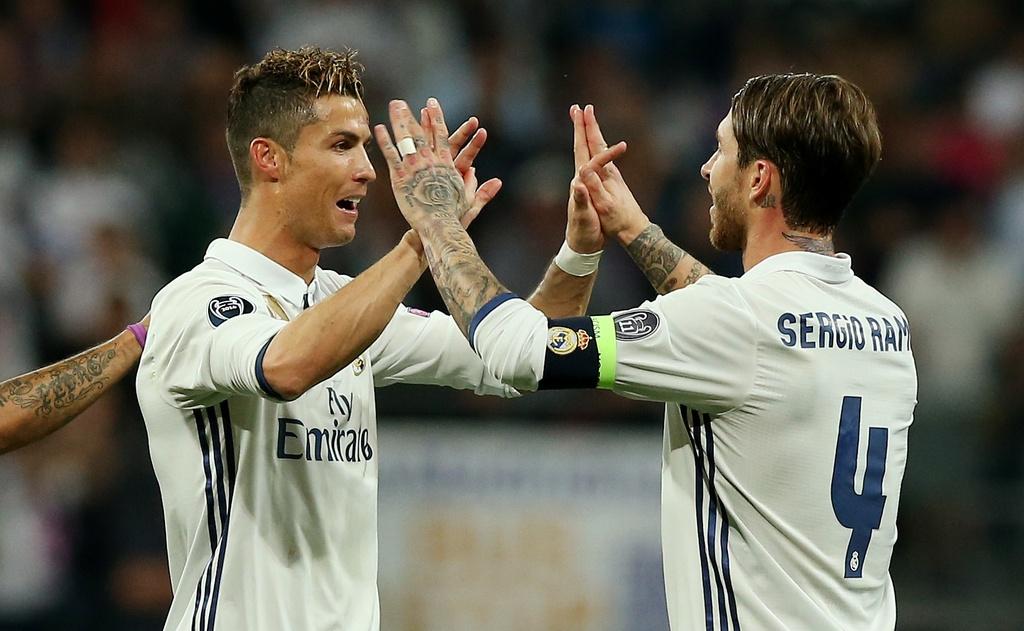 Ronaldo thiet lap hang loat ky luc moi anh 8