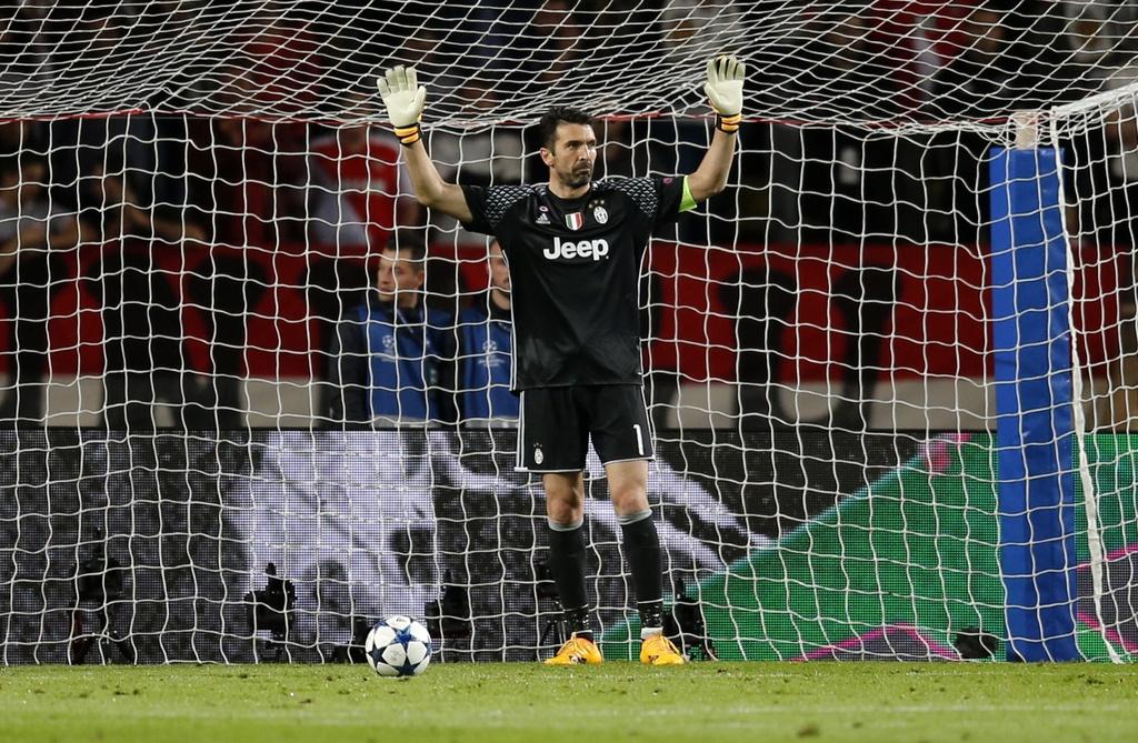 Giai ma hien tuong Monaco, Juventus lap ky luc chua tung co hinh anh 5