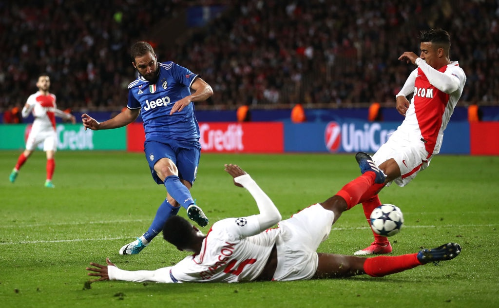 Giai ma hien tuong Monaco, Juventus lap ky luc chua tung co hinh anh 6