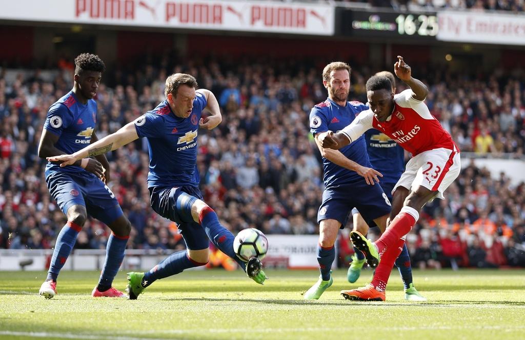 Wenger danh bai Mourinho lan dau sau 13 tran cham tran o NH Anh hinh anh 4