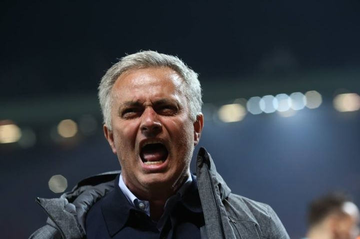 Mourinho phat cuong voi tam ve chung ket Europa League hinh anh 1