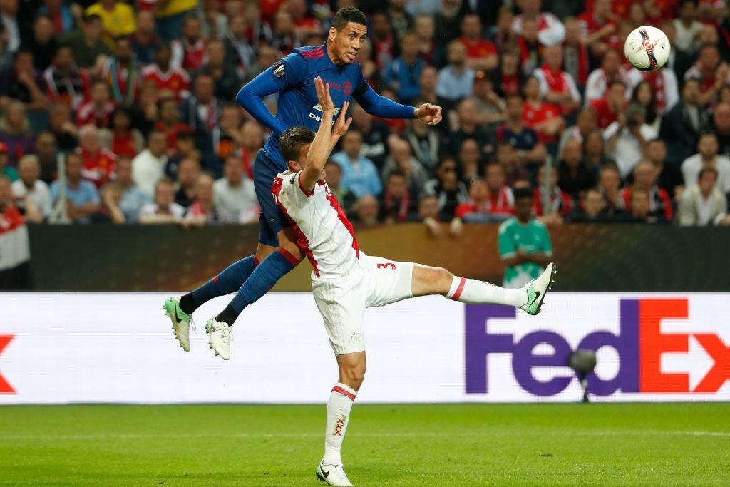 Cham diem chung ket Europa League: 'Cuu tinh' Fellaini hinh anh 3