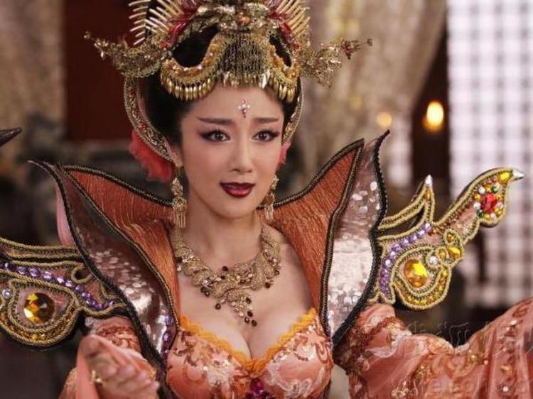 Pham Bang Bang, Lam Tam Nhu va nhung my nhan tung vao vai Dat Ky hinh anh 9