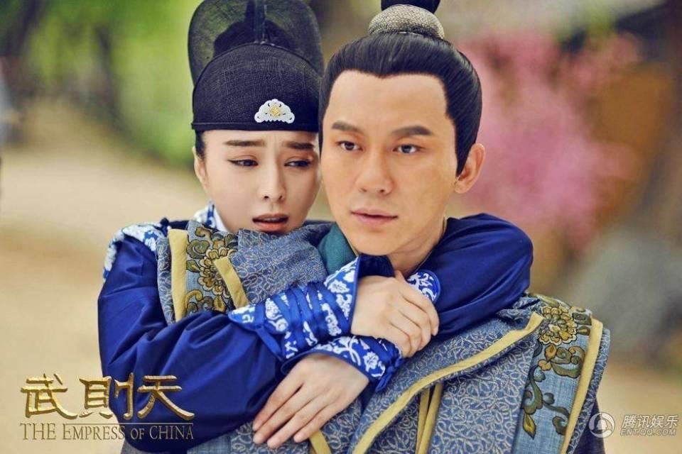 Pham Bang Bang va Ly Than lo duyen tu trong phim den doi thuc hinh anh 4