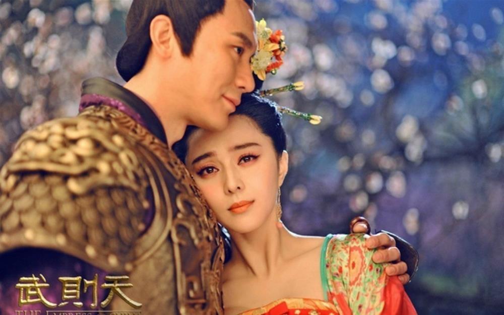 Pham Bang Bang va Ly Than lo duyen tu trong phim den doi thuc hinh anh 5