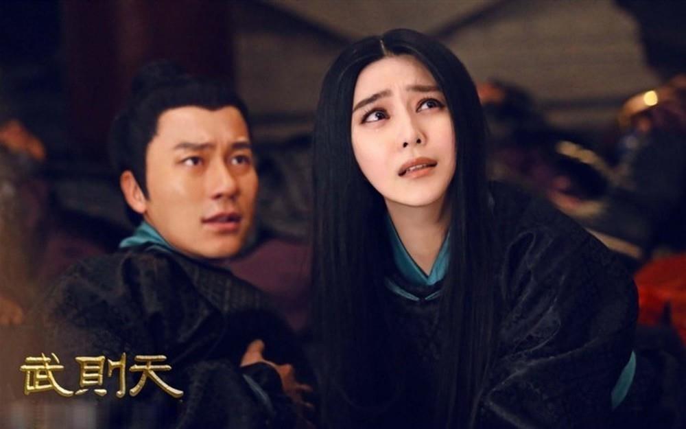 Pham Bang Bang va Ly Than lo duyen tu trong phim den doi thuc hinh anh 6