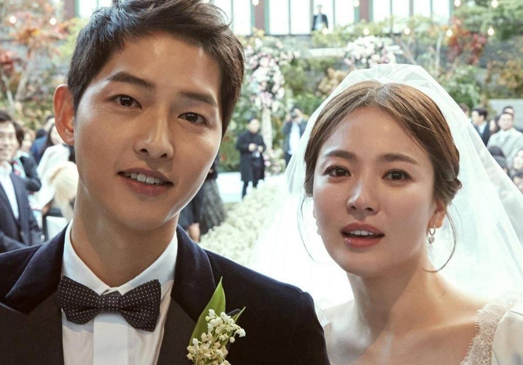 Song Hye Kyo,  Song Joong Ki ly hon anh 2