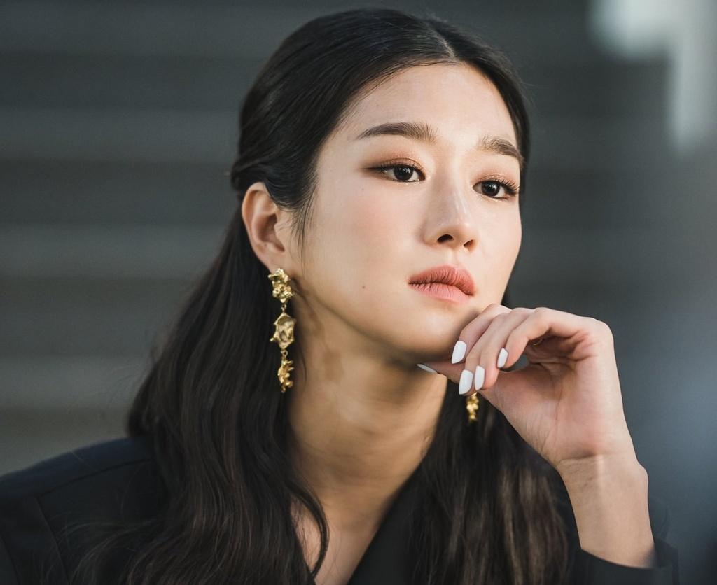 Seo Ye Ji,  Kim Soo Hyun,  Dien thi co sao? anh 1