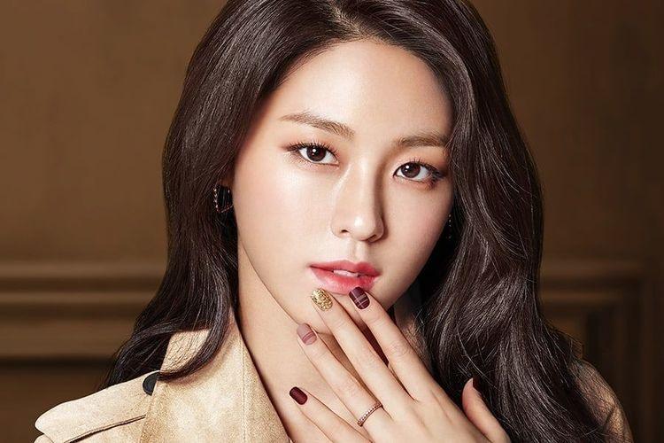 Seolhyun,  Jimin,  Mina,  AOA anh 3