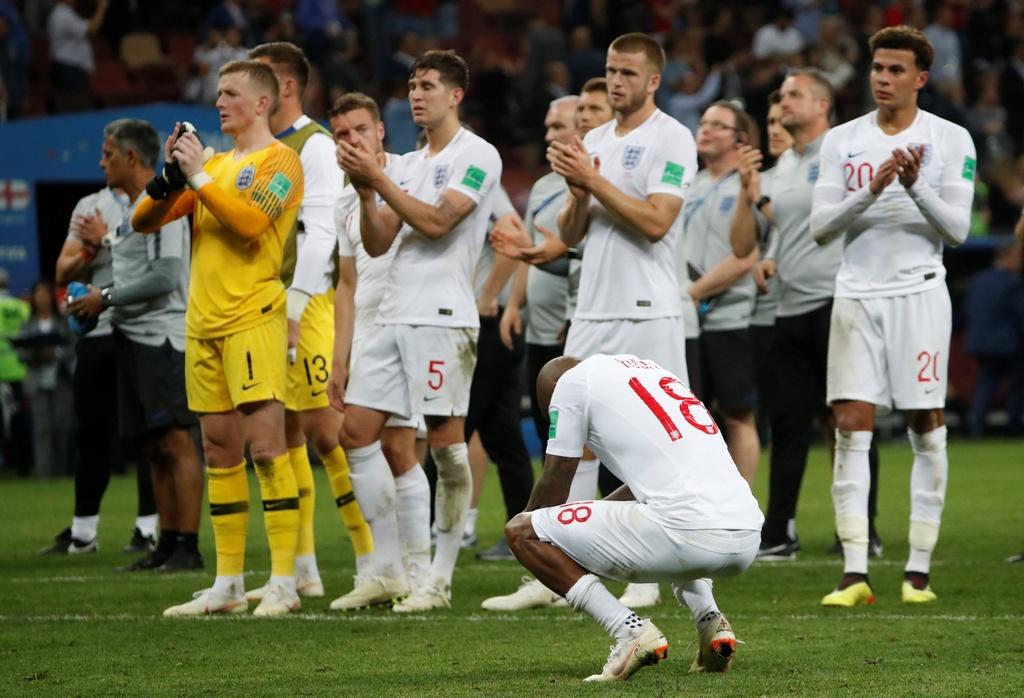 Cau thu Croatia om nhau mung chien thang lich su hinh anh 10