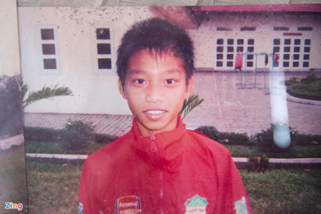 Vu Van Thanh - tu cau be nhut nhat den hau ve canh so 1 cua Olympic VN hinh anh 4