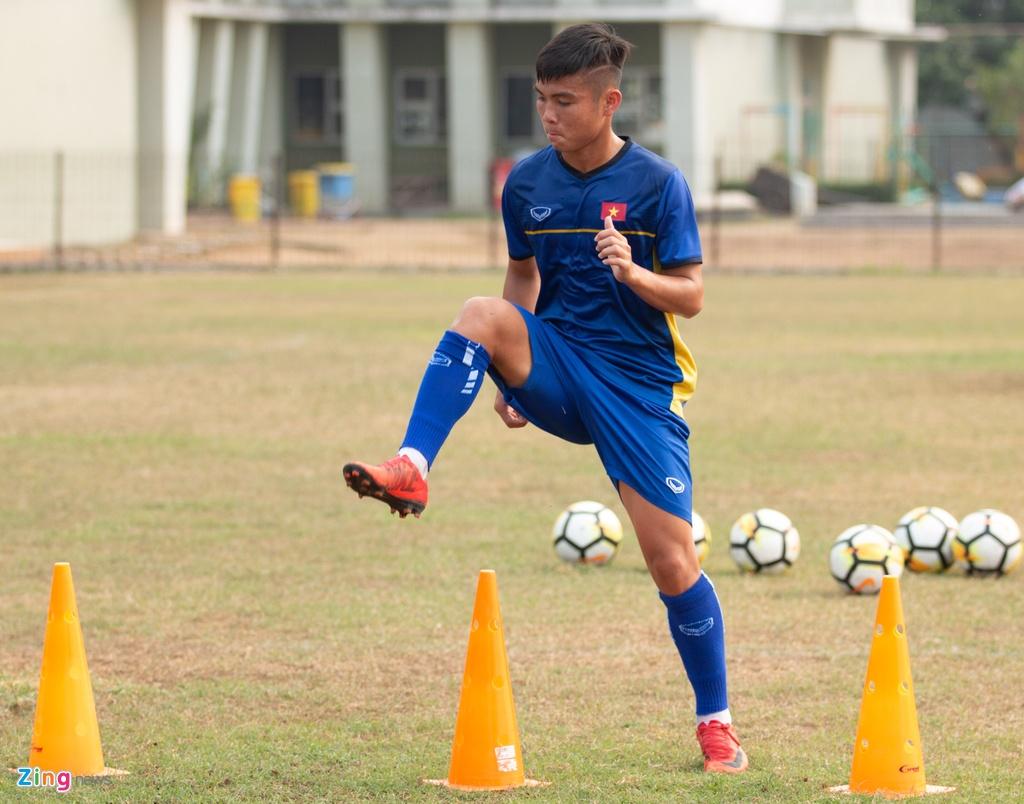 Truong doan U19 Viet Nam: 'Phai thong cam cho ban to chuc giai' hinh anh 2