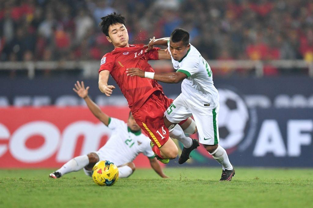 Trong doi hinh Viet Nam thua Indonesia nam 2016, chi 5 nguoi tru lai hinh anh 8