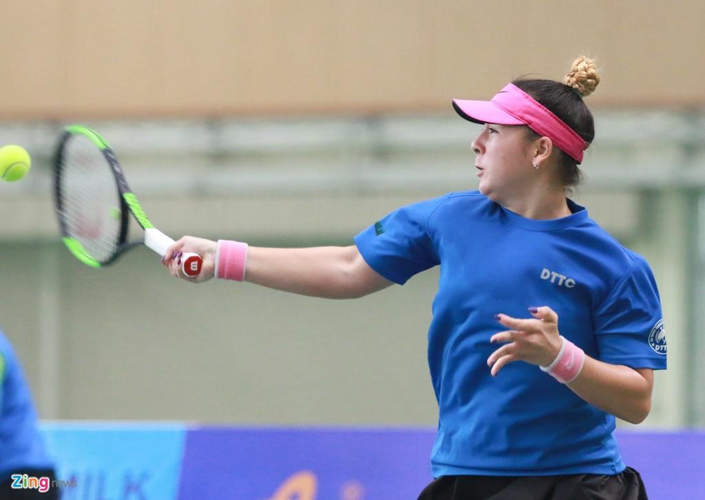 'Bong hong lai' cua tennis Viet bat dong ngon ngu voi trong tai hinh anh 5