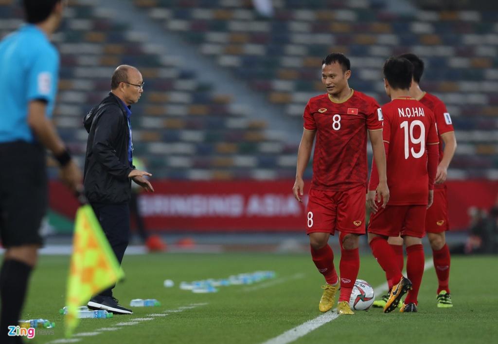 Trong Hoang: Hay bien Asian Cup thanh ky AFF cua rieng minh hinh anh 1