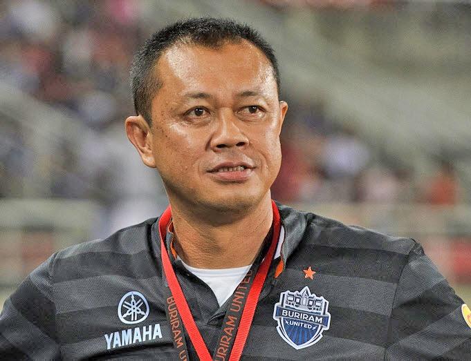 Ty phu Thai Lan xay san bong hien dai, duong dua F1 hang trieu USD hinh anh 2