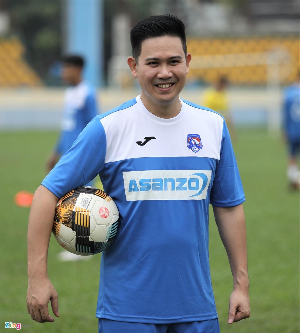 Asanzo,  CLB Quang Ninh,  CEO Pham Van Tam anh 2