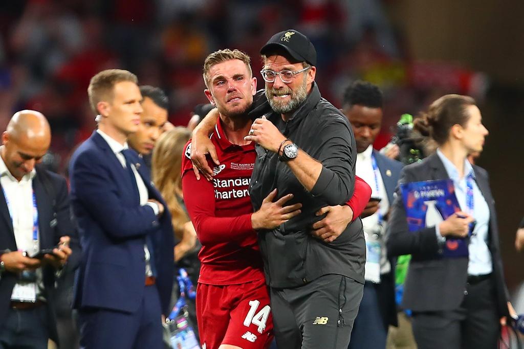 Khoanh khac Liverpool nang cao cup vo dich Champions League sau 14 nam hinh anh 3