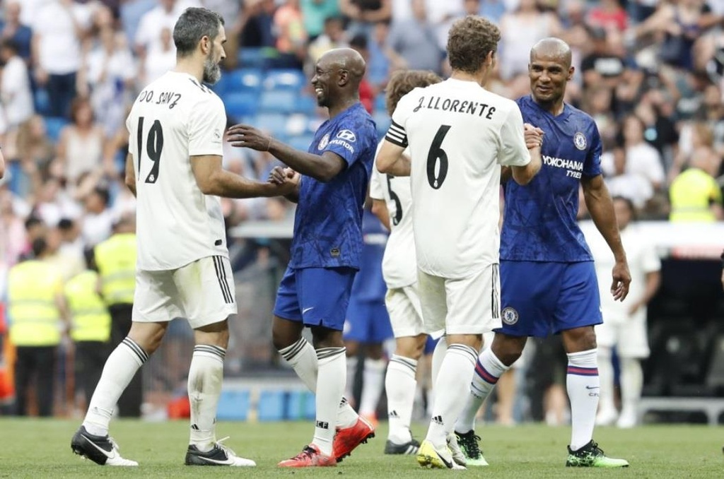 Raul toa sang trong tran dau giua huyen thoai Real va Chelsea hinh anh 10