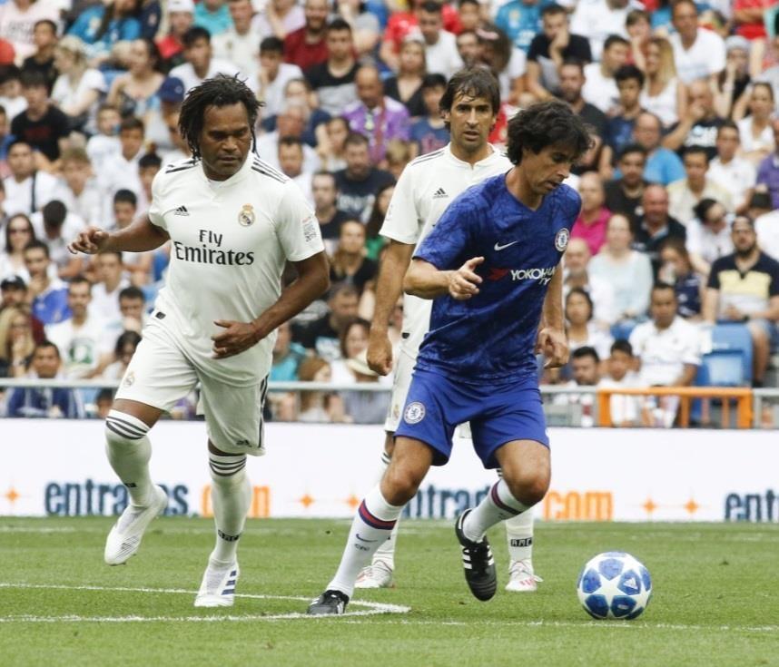 Raul toa sang trong tran dau giua huyen thoai Real va Chelsea hinh anh 6
