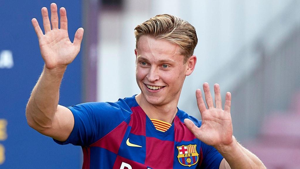 Doi hinh Barcelona mua toi voi su ket hop cua Messi va Griezmann hinh anh 8