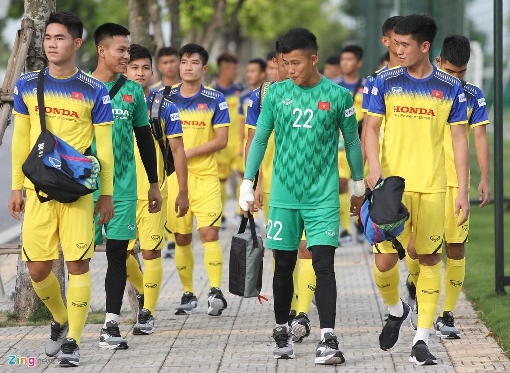 HLV Park xu ly bong truoc vong vay cua U23 Viet Nam hinh anh 1