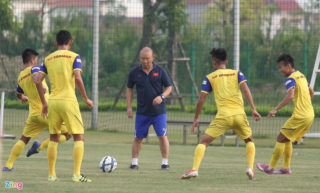 HLV Park xu ly bong truoc vong vay cua U23 Viet Nam hinh anh 4