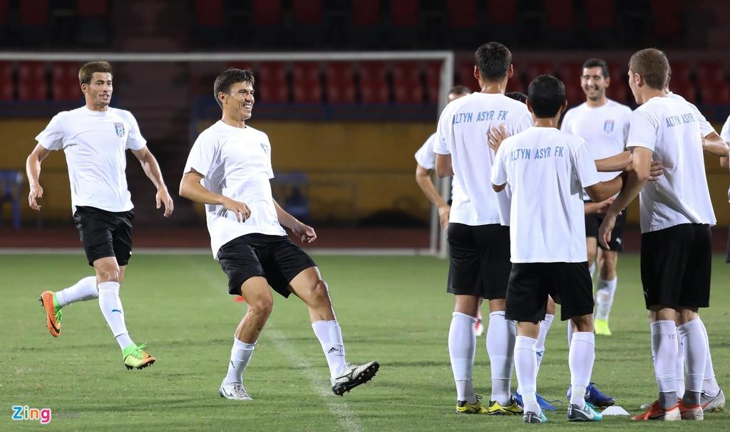 Doi thu cua CLB Ha Noi tap bai di truoc ban ket AFC Cup hinh anh 7