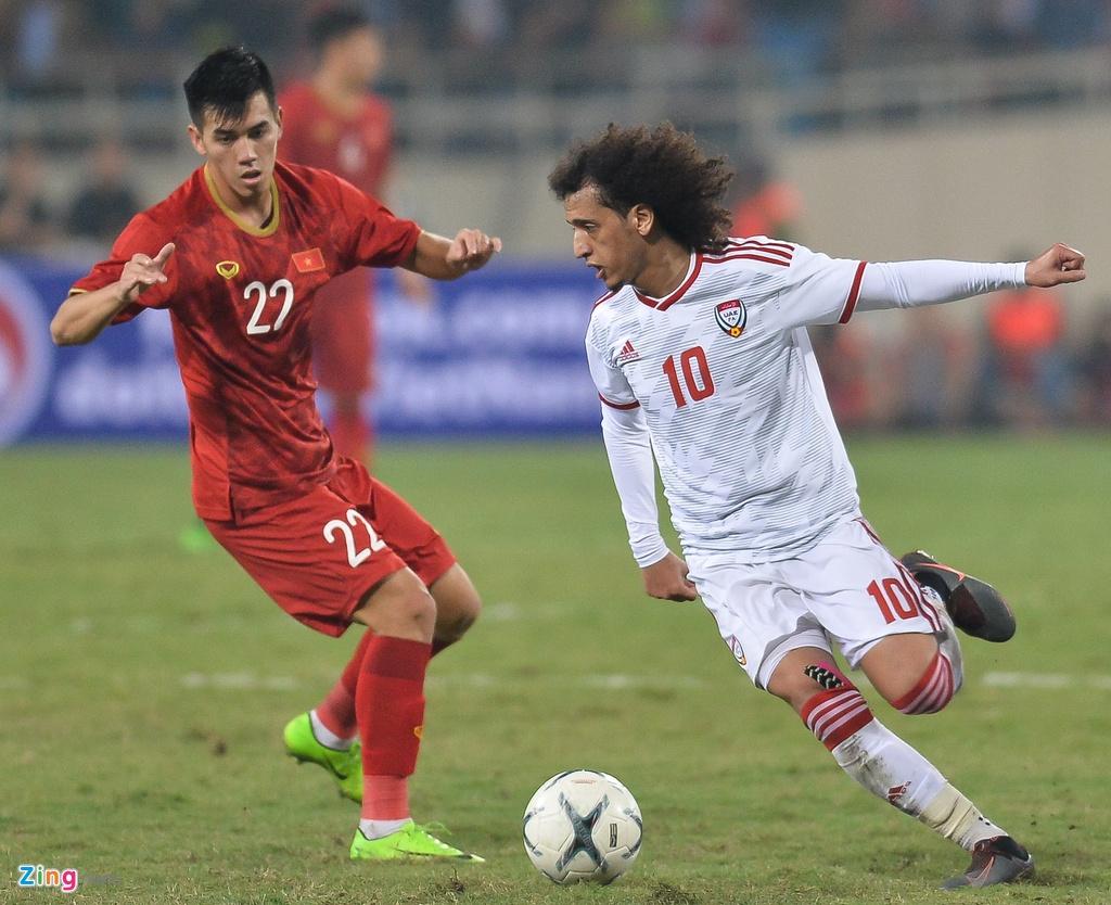 Qua bong Vang chau A 2016 lu mo truoc Tuan Anh, Quang Hai hinh anh 1