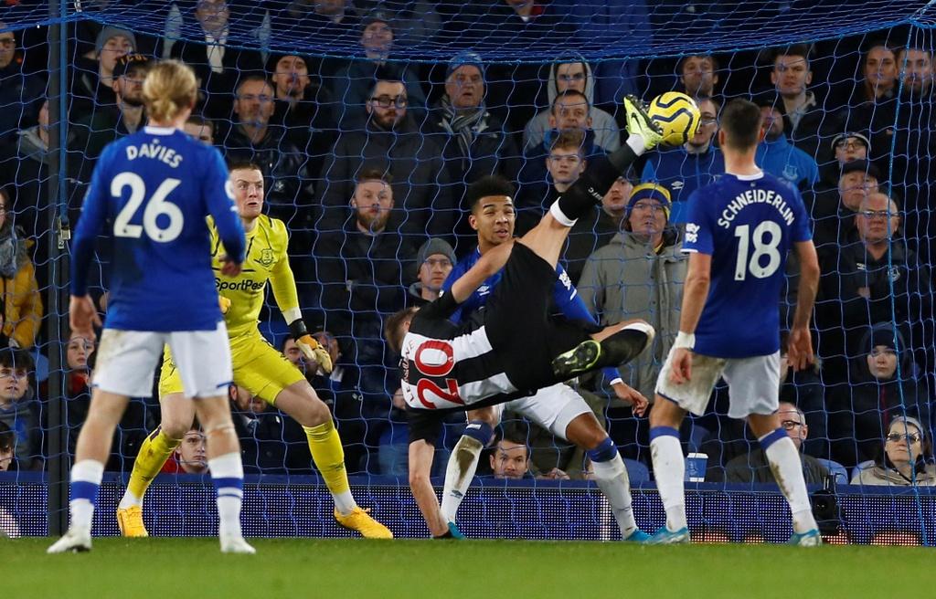 Dan 2 ban o phut 90+4, Everton van bi go hoa hinh anh 2 p2.JPG