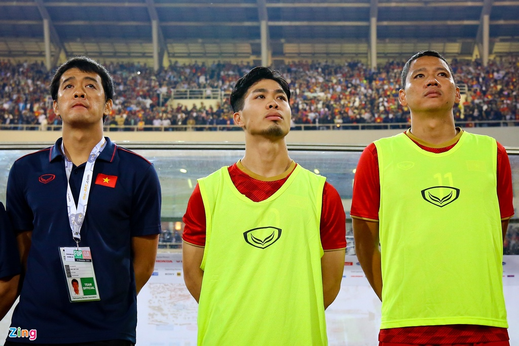 Tam gac giac mo xuat ngoai, Cong Phuong se toa sang o V.League? hinh anh 2 Cong_Phuong_vs_UAE_0_zing.jpg