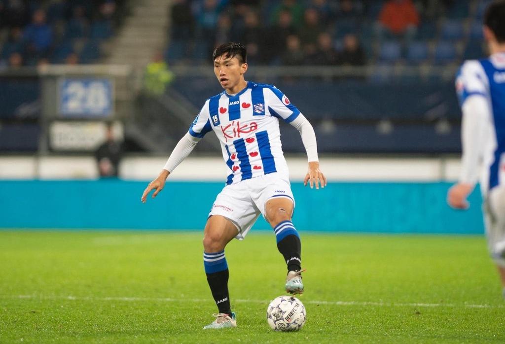 Ngoài 4 phút trước CLB Roda tại cúp quốc gia Hà Lan, Văn Hậu không có thêm cơ hội ra sân tại Heerenveen. Ảnh: SC Heerenveen.