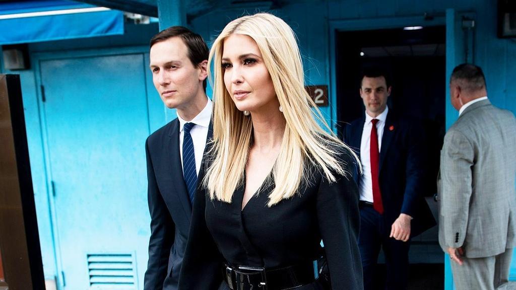 Ivanka Trump im lang va cach cac cau am co chieu doi mat chi trich hinh anh 1