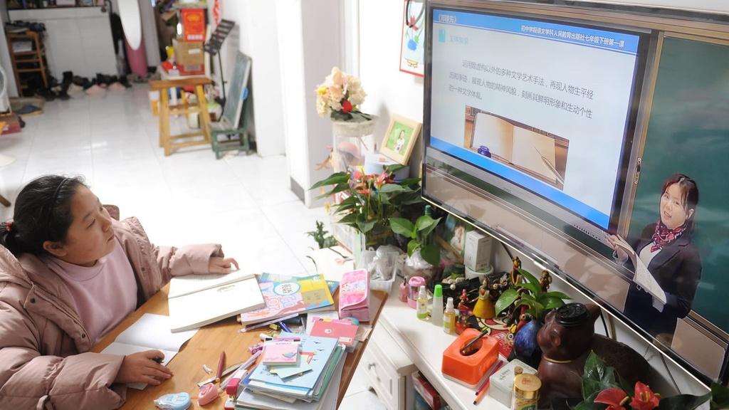 sinh vien khong thich hoc online anh 1