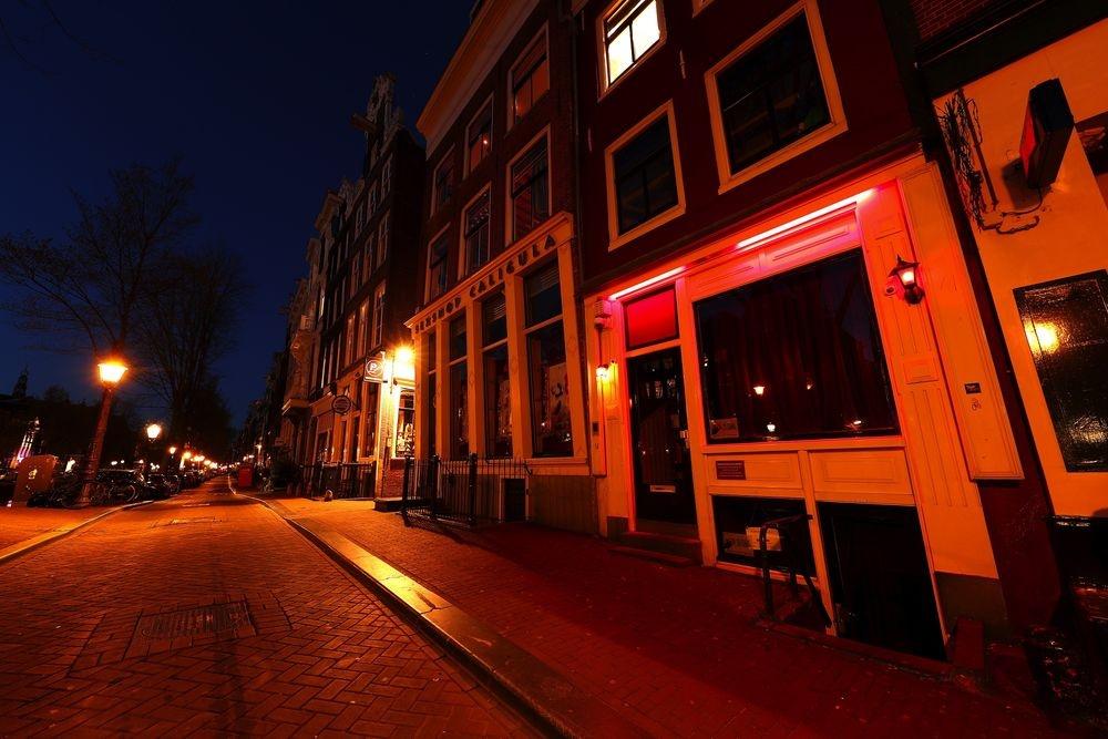 don dep pho den do Amsterdam anh 3