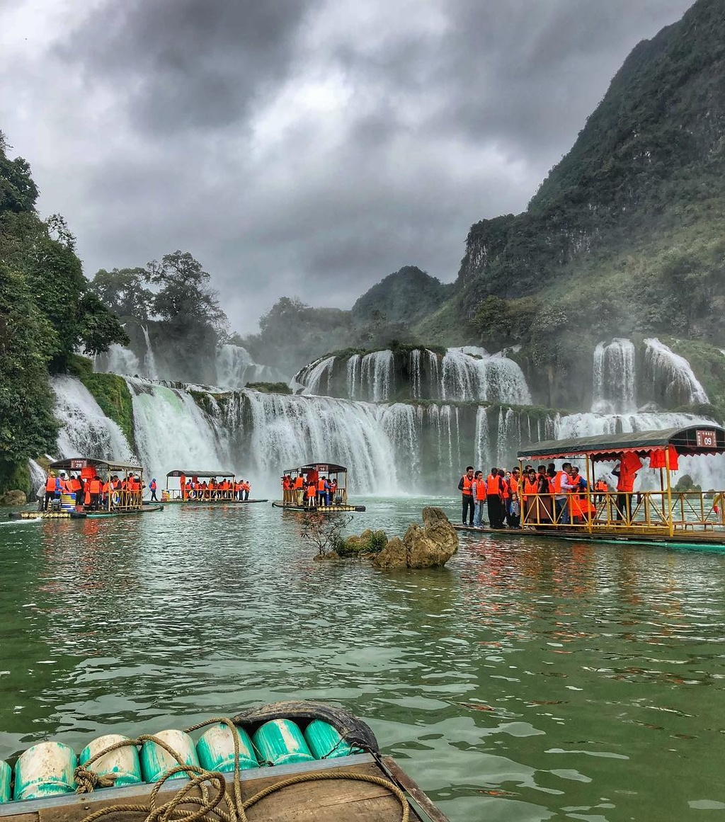 4 thac nuoc noi tieng Viet Nam duoc gioi tre check-in hang loat hinh anh 1