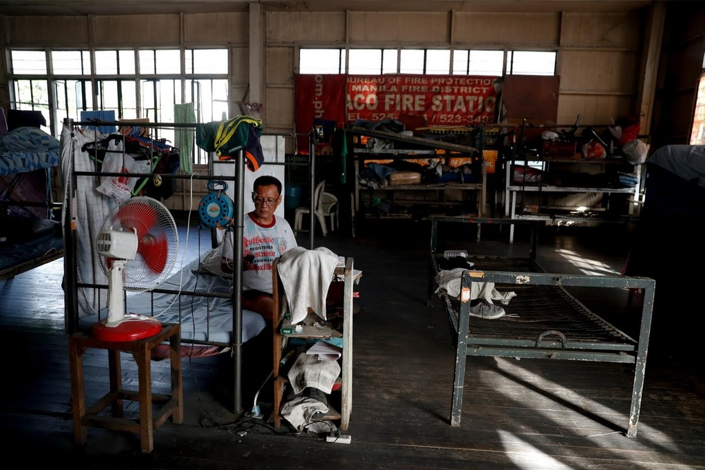 'Ba hoa' lien tuc hoanh hanh khu o chuot o thu do Philippines hinh anh 10