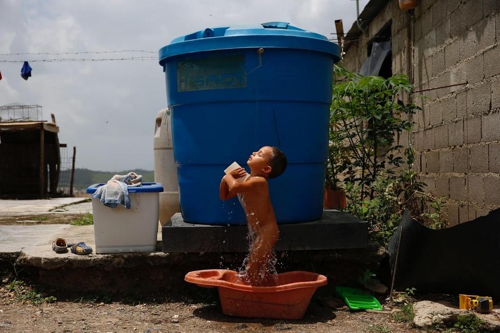 Venezuela: Thieu bao cao su, phu nu phai tim den triet san hinh anh 10