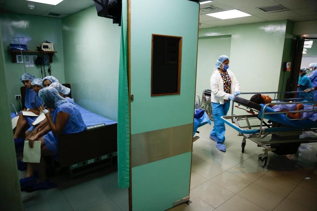 Venezuela: Thieu bao cao su, phu nu phai tim den triet san hinh anh 13
