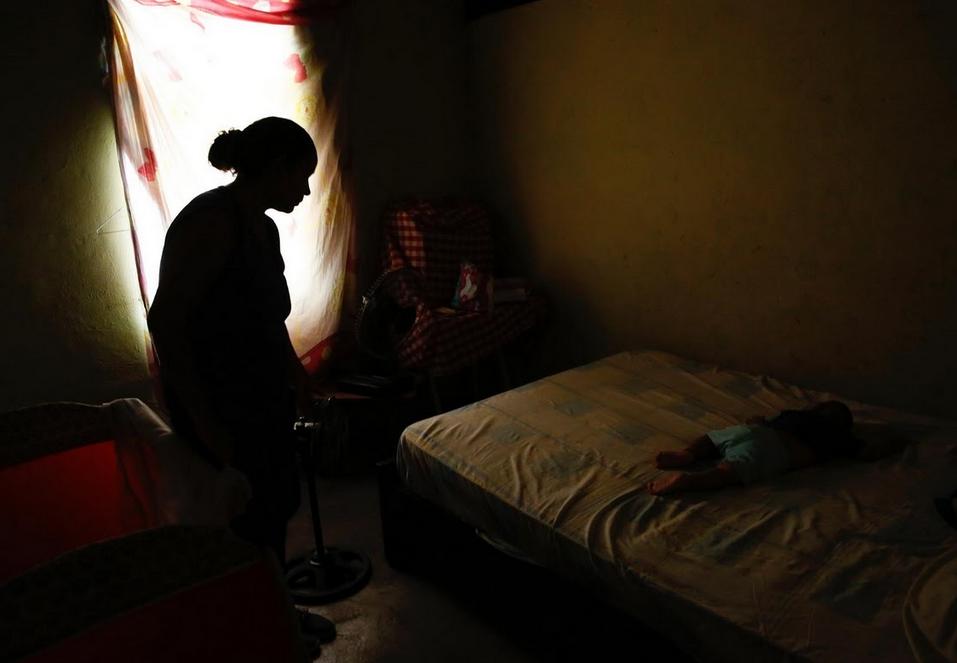Venezuela: Thieu bao cao su, phu nu phai tim den triet san hinh anh 5