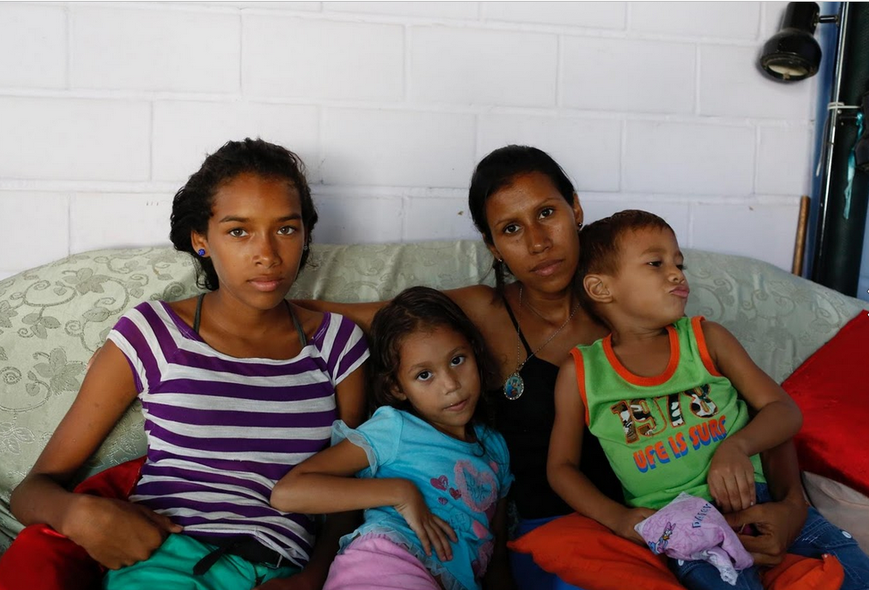Venezuela: Thieu bao cao su, phu nu phai tim den triet san hinh anh 6