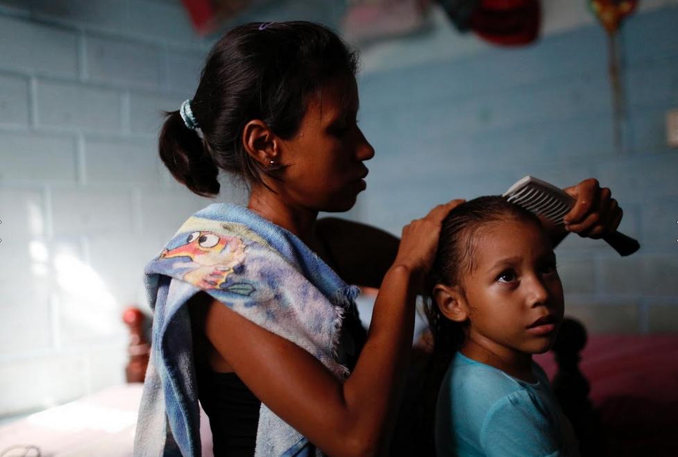 Venezuela: Thieu bao cao su, phu nu phai tim den triet san hinh anh 7
